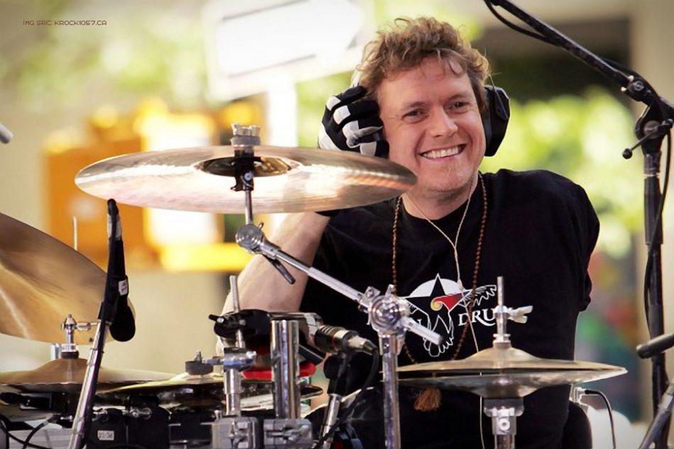 rick-allen-drummer-970